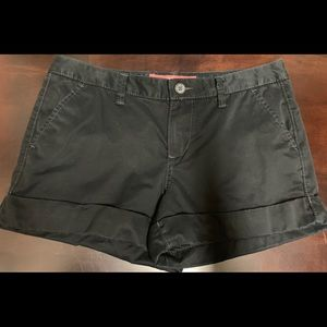 Old Navy size 8 cuffed shorts